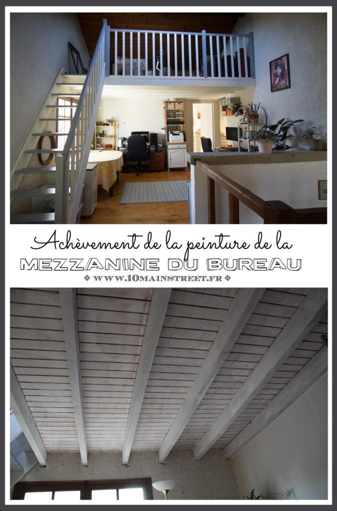 Les poutres et le plafond, ou l'achèvement de la mezzanine du bureau