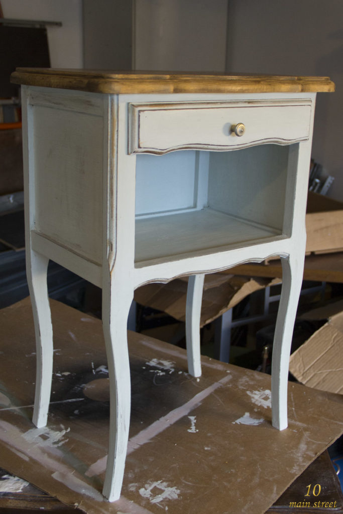 la chalk paint action bilan apr s un an d 39 utilisation. Black Bedroom Furniture Sets. Home Design Ideas