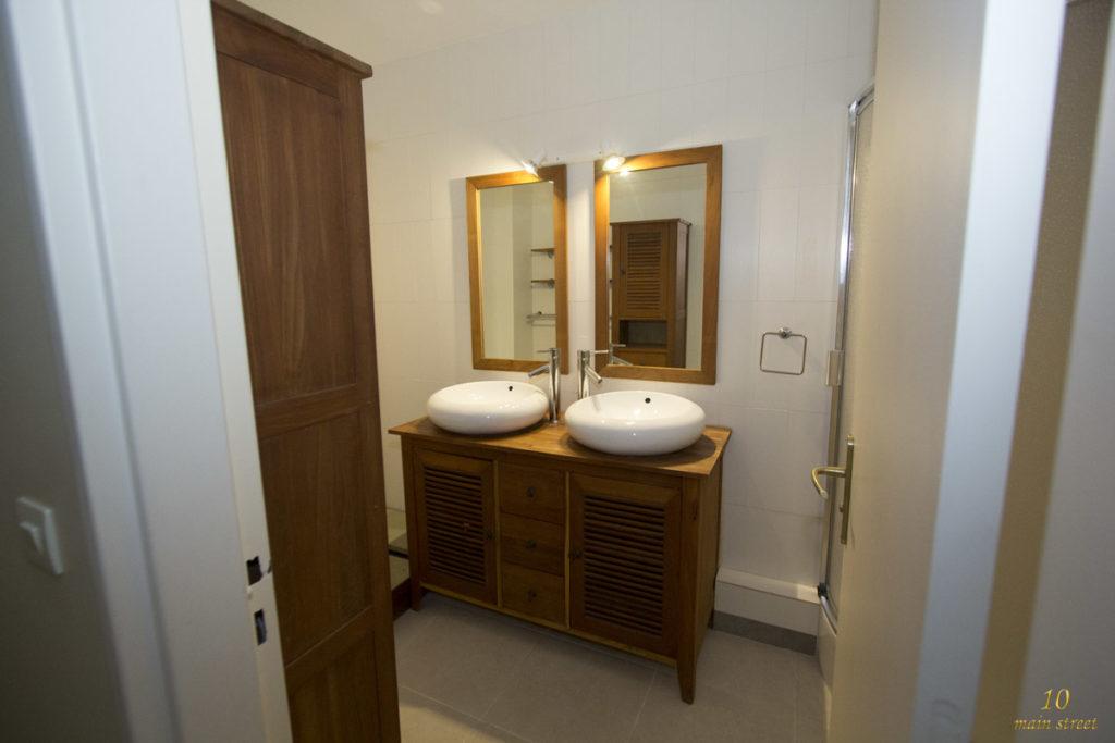 La vasque de salle de bain