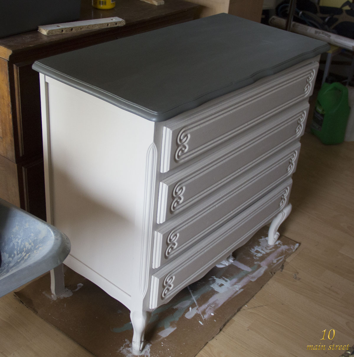 Top Chalk paint Action comme sous-couche : rénovation de la commode WY15