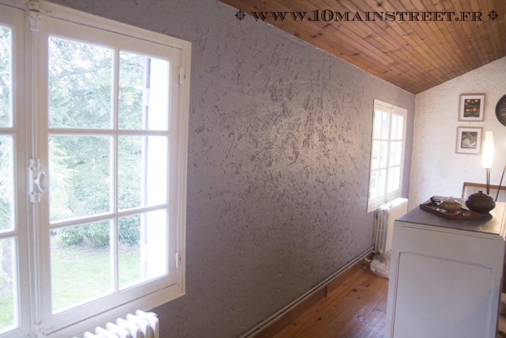 Peindre un mur cr pi l 39 int rieur de votre maison facilement - Repeindre du crepi interieur ...