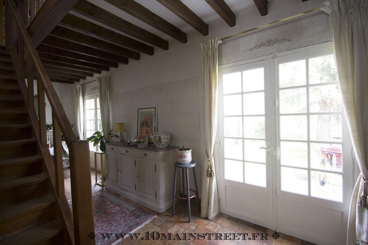 l 39 espace sous les tringles rideaux un probl me existentiel r gl. Black Bedroom Furniture Sets. Home Design Ideas