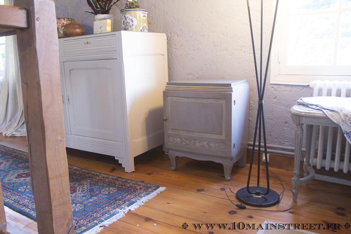 Effet brillant laqu de lib ron finitions sur un meuble for Teindre un meuble deja teint