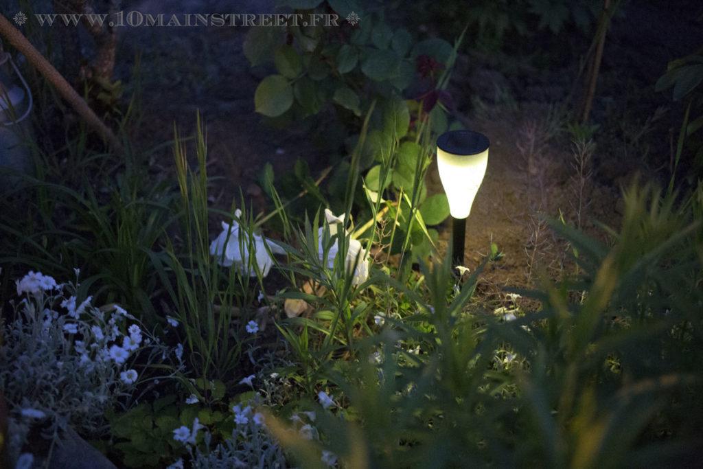 Luminaire Aglaia en éclairage jaune