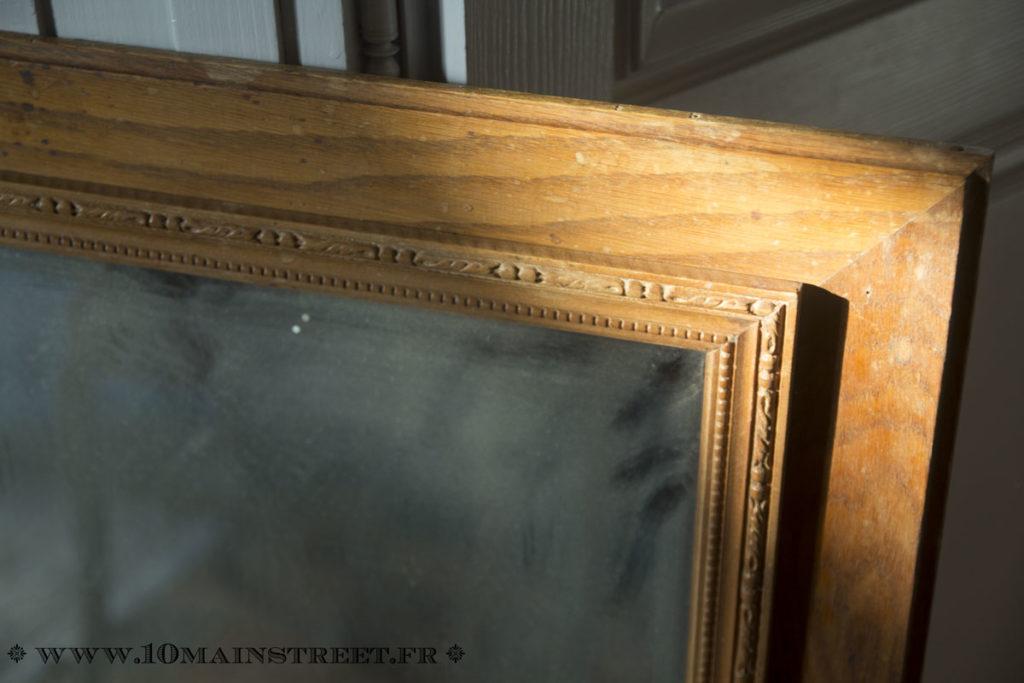 Miroir biseauté et cadre mouluré