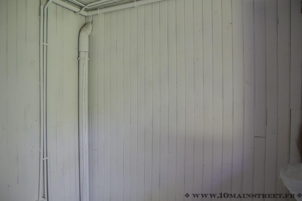 Disparition de la pi ce de la honte premier lifting de la buanderie for Retouche peinture plafond