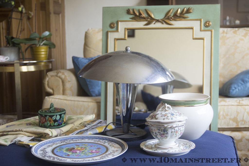 Dernier butin de chine : de la porcelaine et une lampe champignon