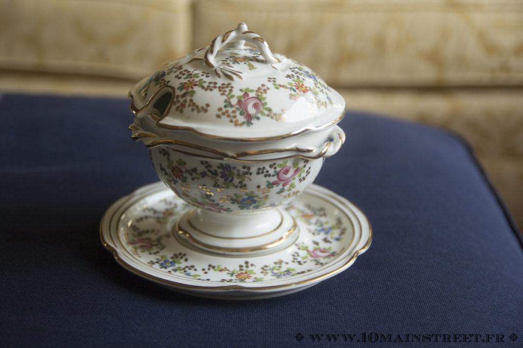 Bol à bouillon en porcelaine