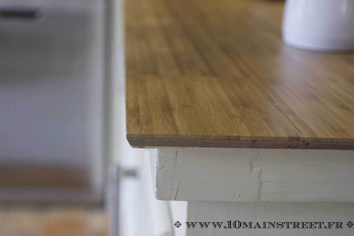 cuisine phase 3 2 un plan de travail en parquet bambou. Black Bedroom Furniture Sets. Home Design Ideas