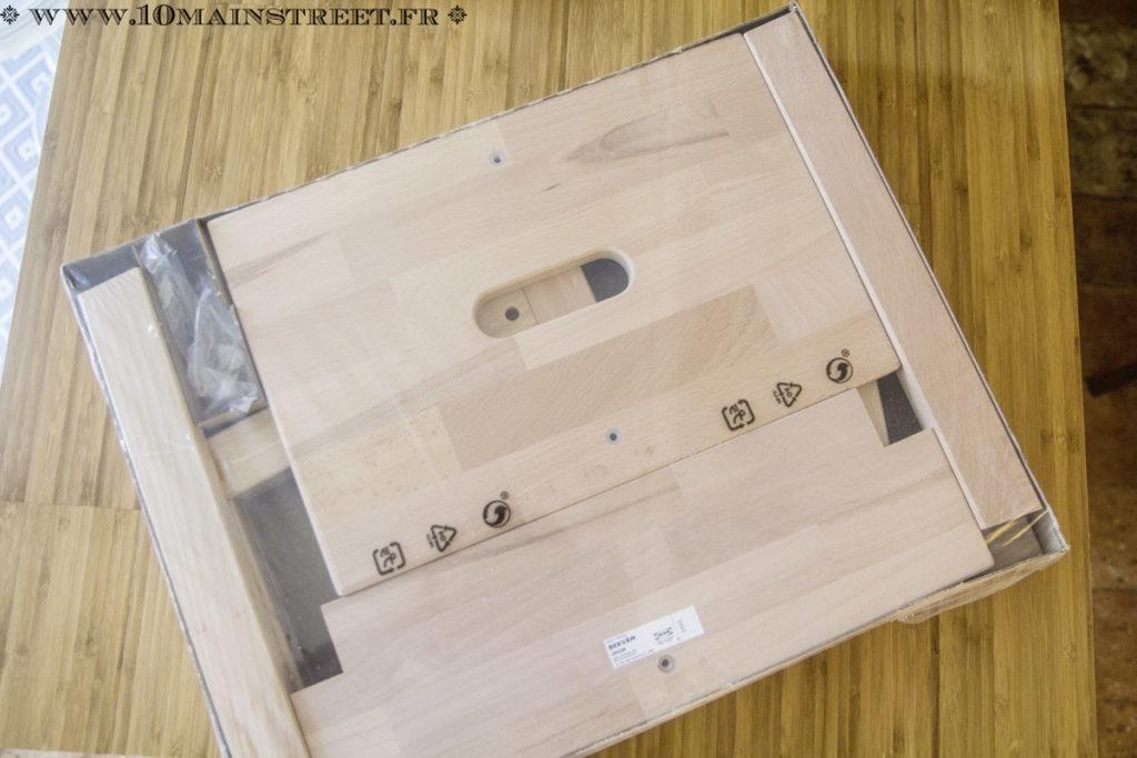 Marche-pied Ikea Bekvam emballé
