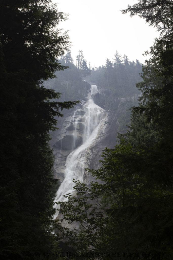 Shannon Falls au nord de Vancouver