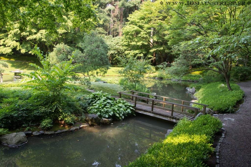 Pont dans le Nitobe Memorial
