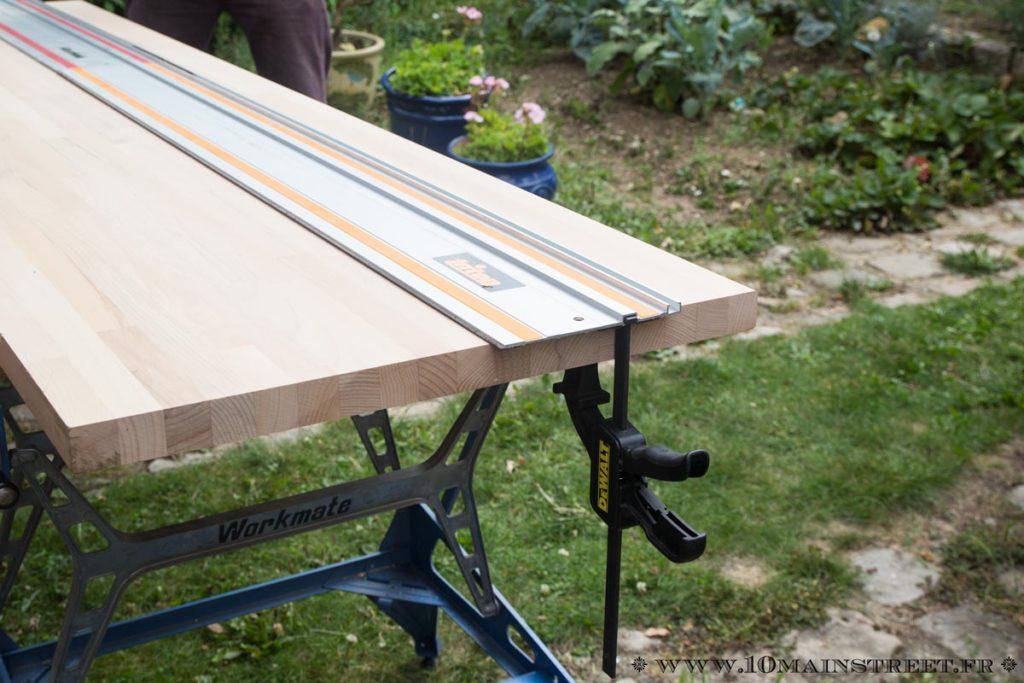 Découpe du plan de travail en bois