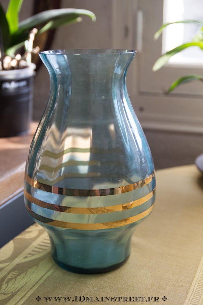Vase bleu des années 50