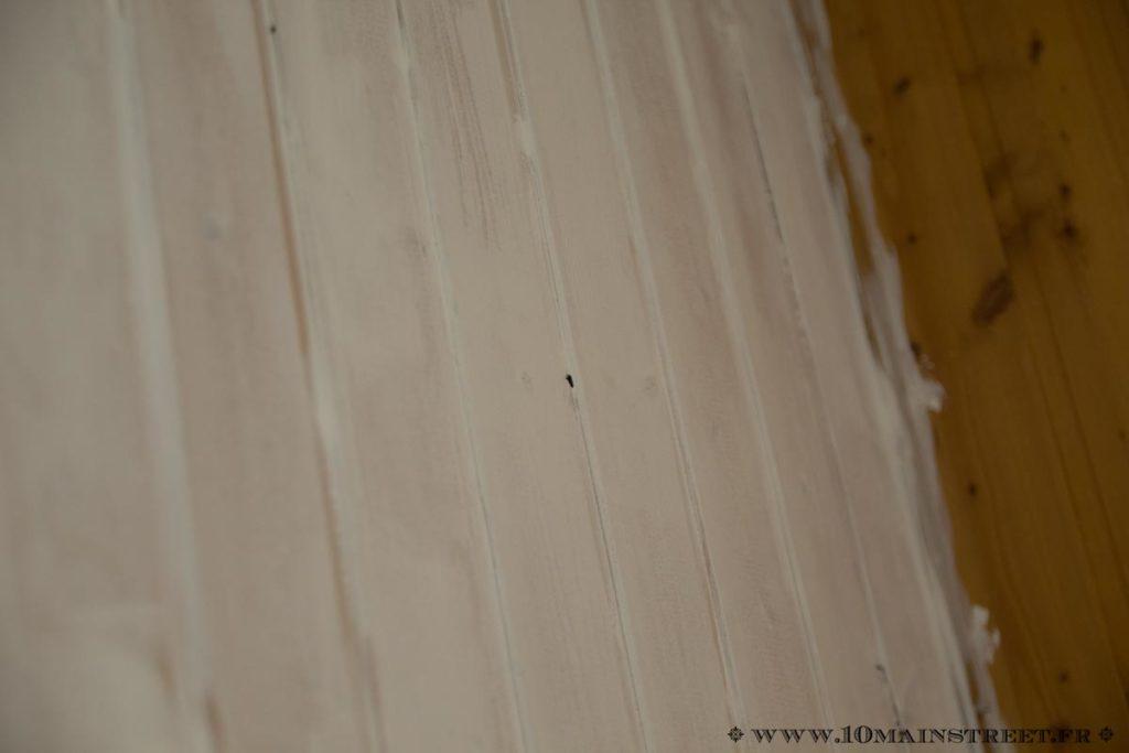 Une couche de blanc à plafond