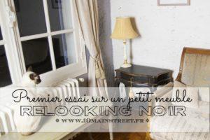 Premier essai de relooking noir sur petit meuble