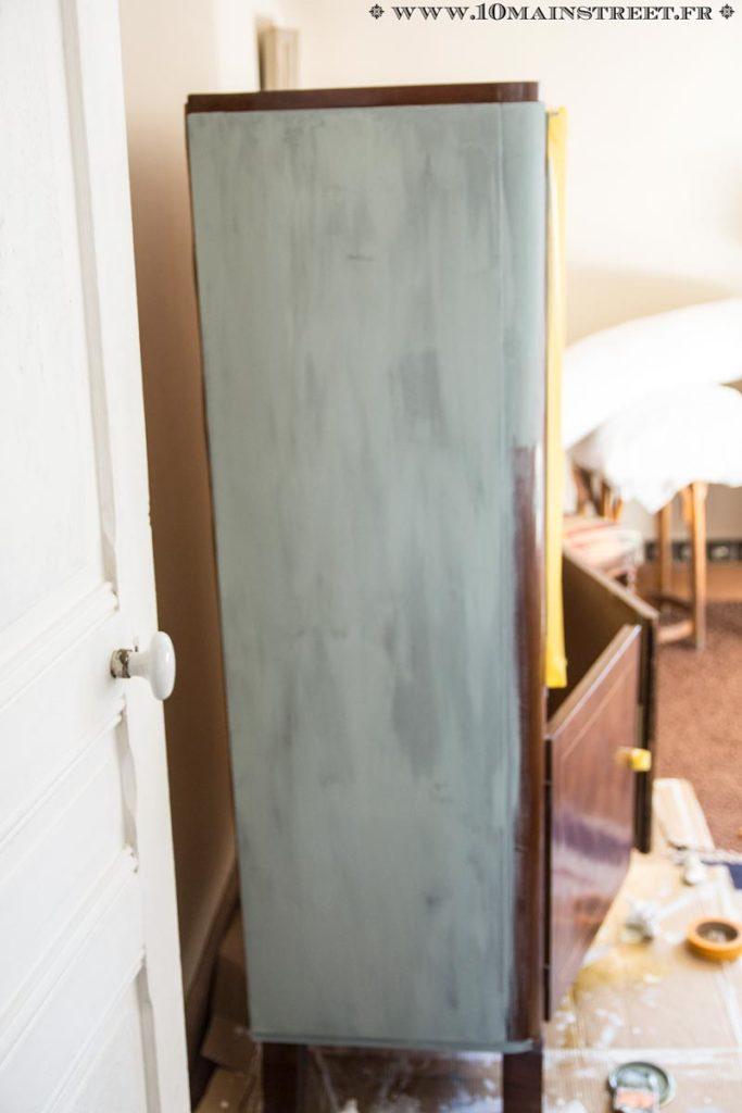 Bonne couvrance dès la 1e couche de Chalk Paint Annie Sloan mais irrégularités