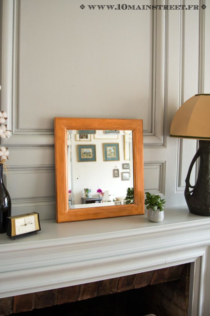 Vieux miroir relookée avec patine métallique cuivrée