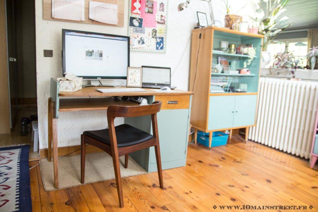 Nouveau bureau en situation avec chaise scandi