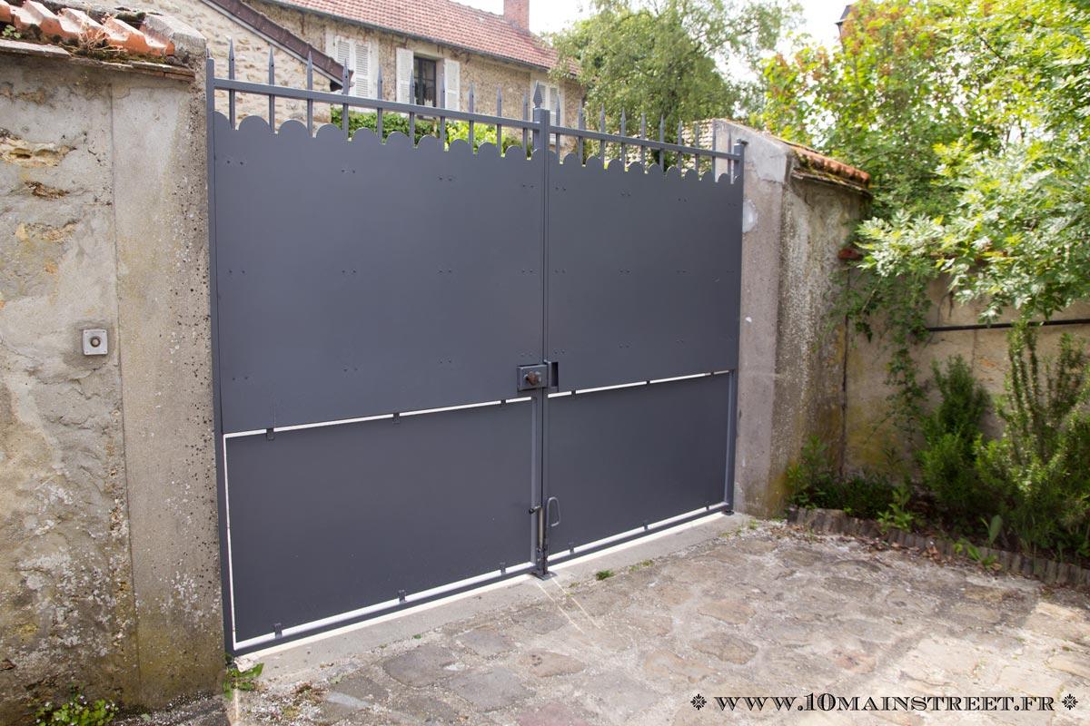 et le portail changea de couleur comment peindre un. Black Bedroom Furniture Sets. Home Design Ideas