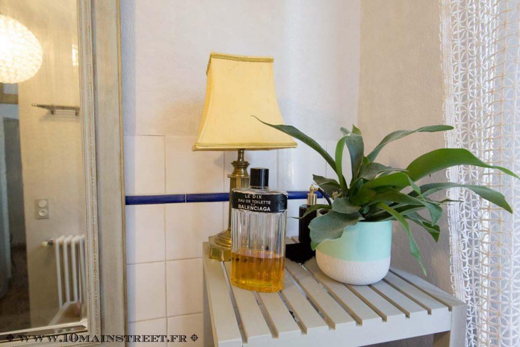 L'étagère de la salle de bain