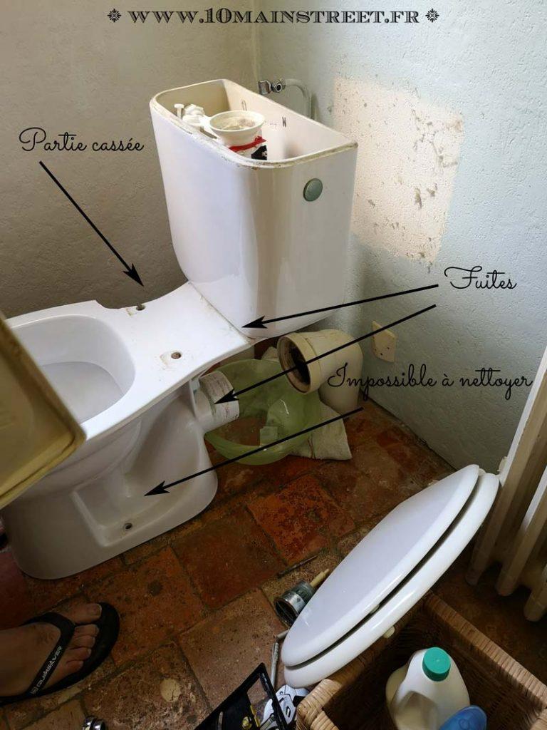 WC d'origine en cours de démontage