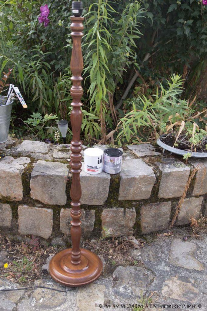 Le lampadaire rustique nettoyé
