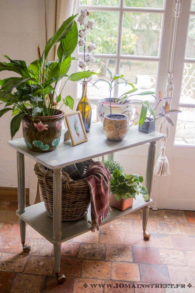La desserte shabby-chic garnie de plantes