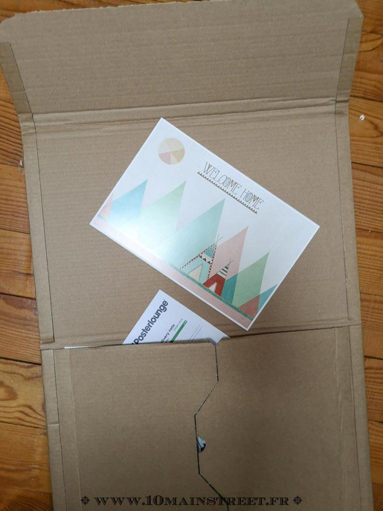 Impression papier PosterLounge dans une enveloppe en carton