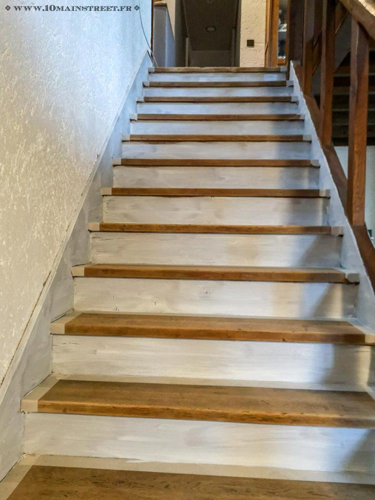 Début de rénovation de l'escalier