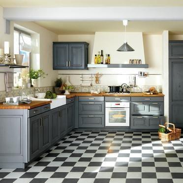 Histoires de plan de travail dans une vieille cuisine for Plan cuisine lapeyre