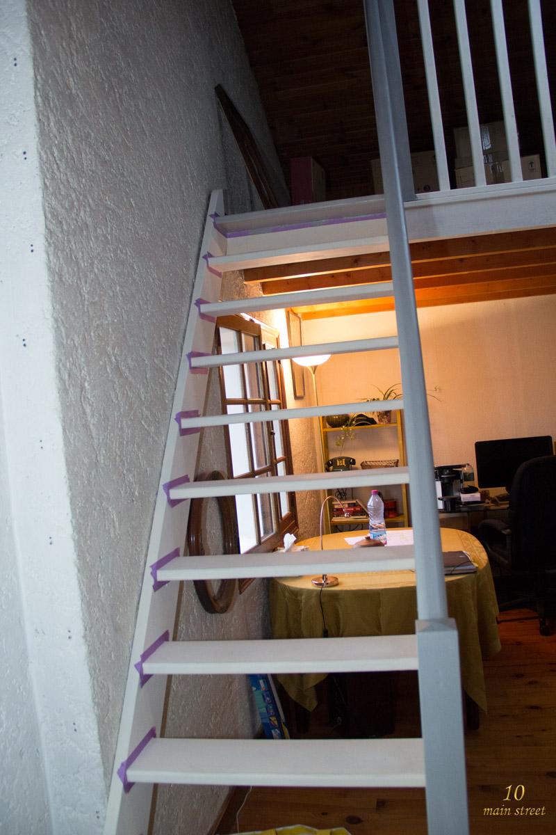Des Nouvelles Du Bureau Peinture De L Escalier De La Mezzanine
