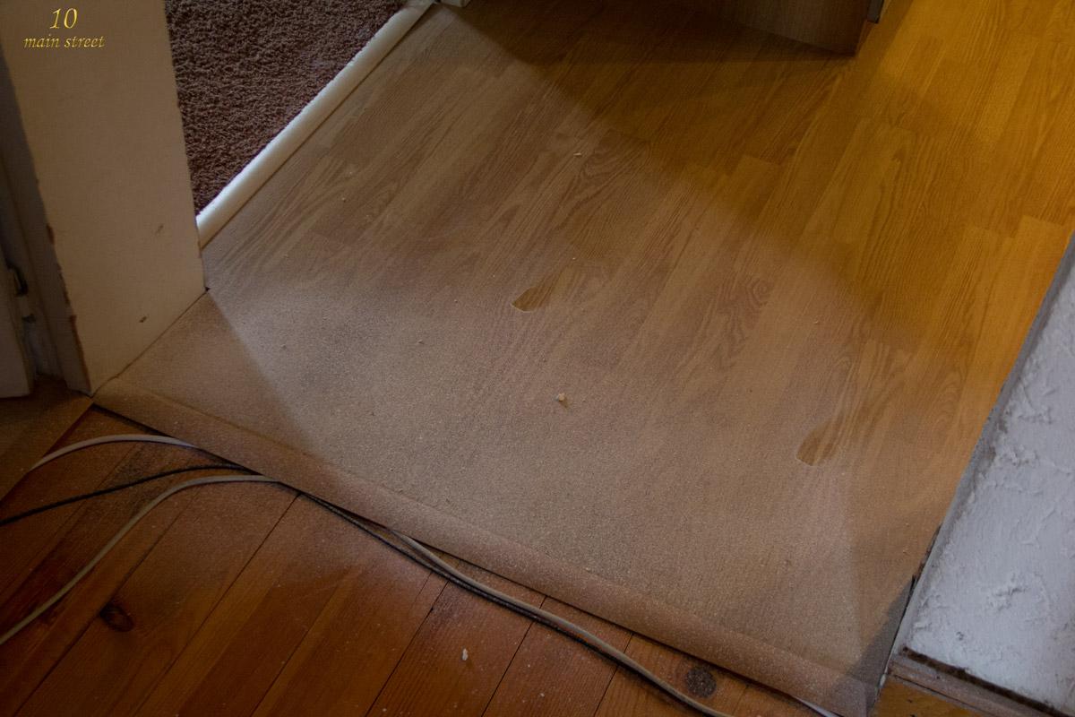 pr parer une poutre ancienne pas bien belle avant peinture. Black Bedroom Furniture Sets. Home Design Ideas