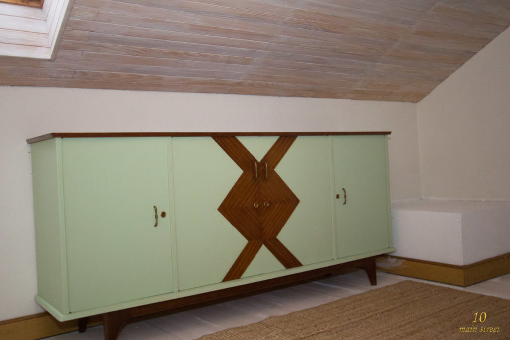 transformation du buffet fifties r cup r sur donnons. Black Bedroom Furniture Sets. Home Design Ideas