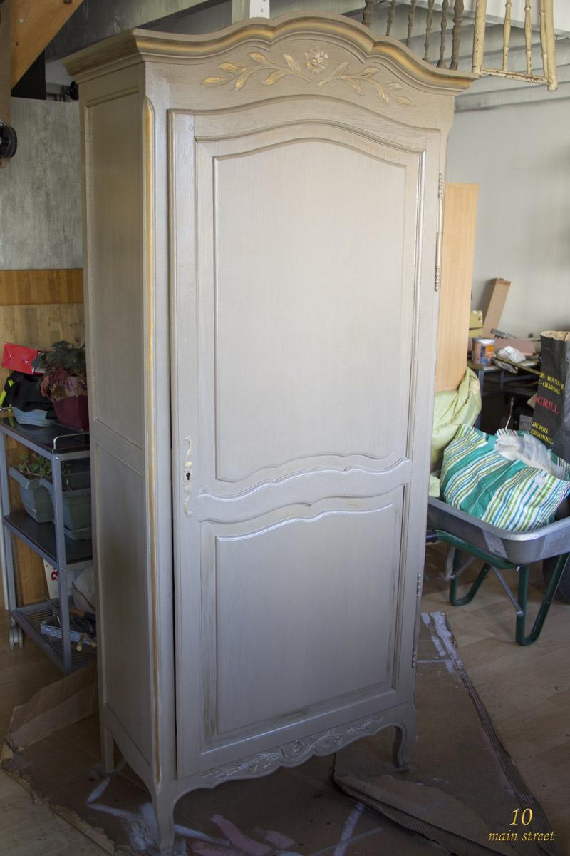 Une belle armoire pour la salle de bain de mes parents - Une belle salle de bain ...
