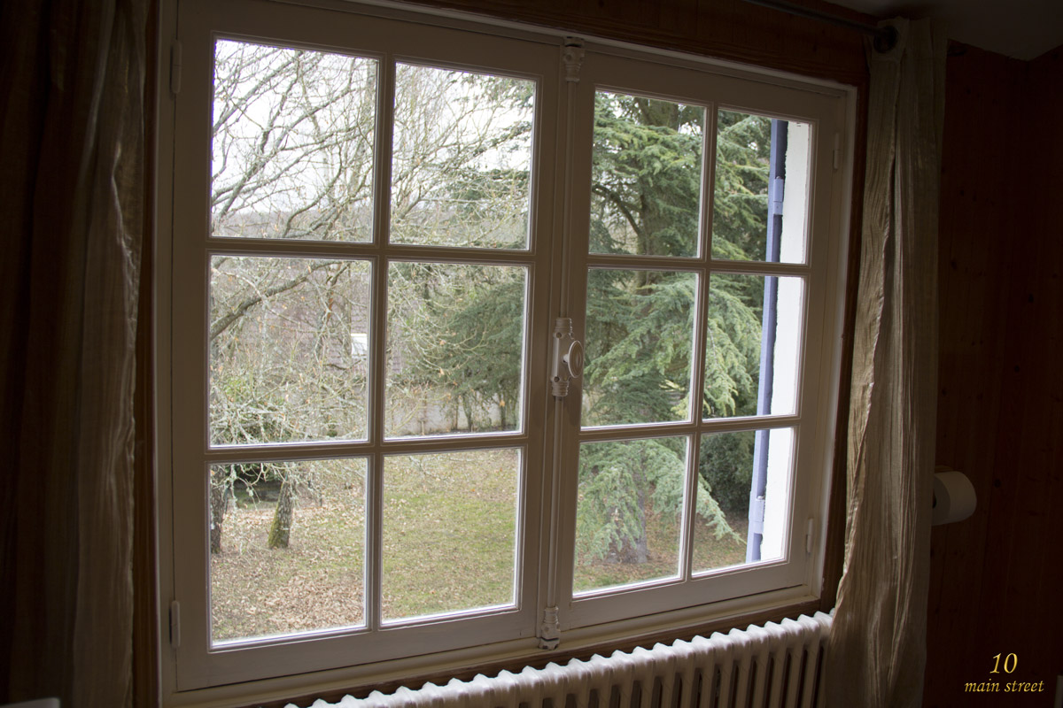 Comment Peindre Des Fenetres En Bois comment repeindre une fenêtre peu exposée facilement