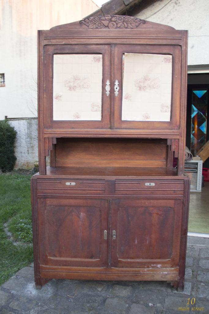 R novation d 39 un vieux buffet art d co bien ab m la - Relooker ses meubles de cuisine ...