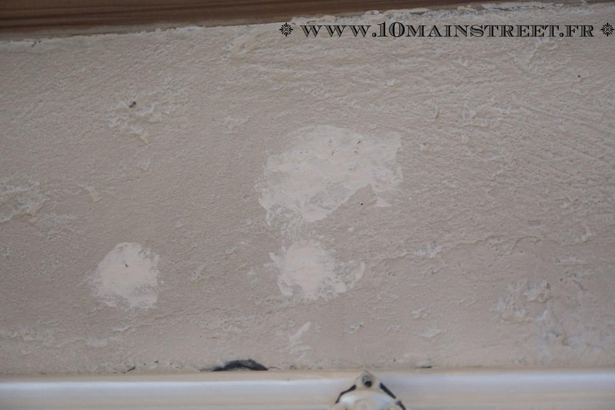 Peindre un mur cr pi l 39 int rieur de votre maison facilement - Peindre un mur en parpaing brut ...