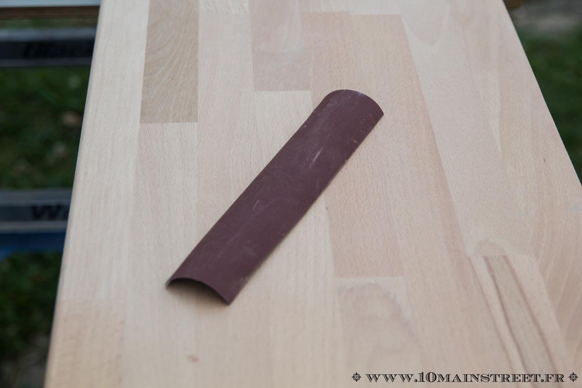 Peindre Plan De Travail En Bois comment préparer au vernis un plan de travail en bois