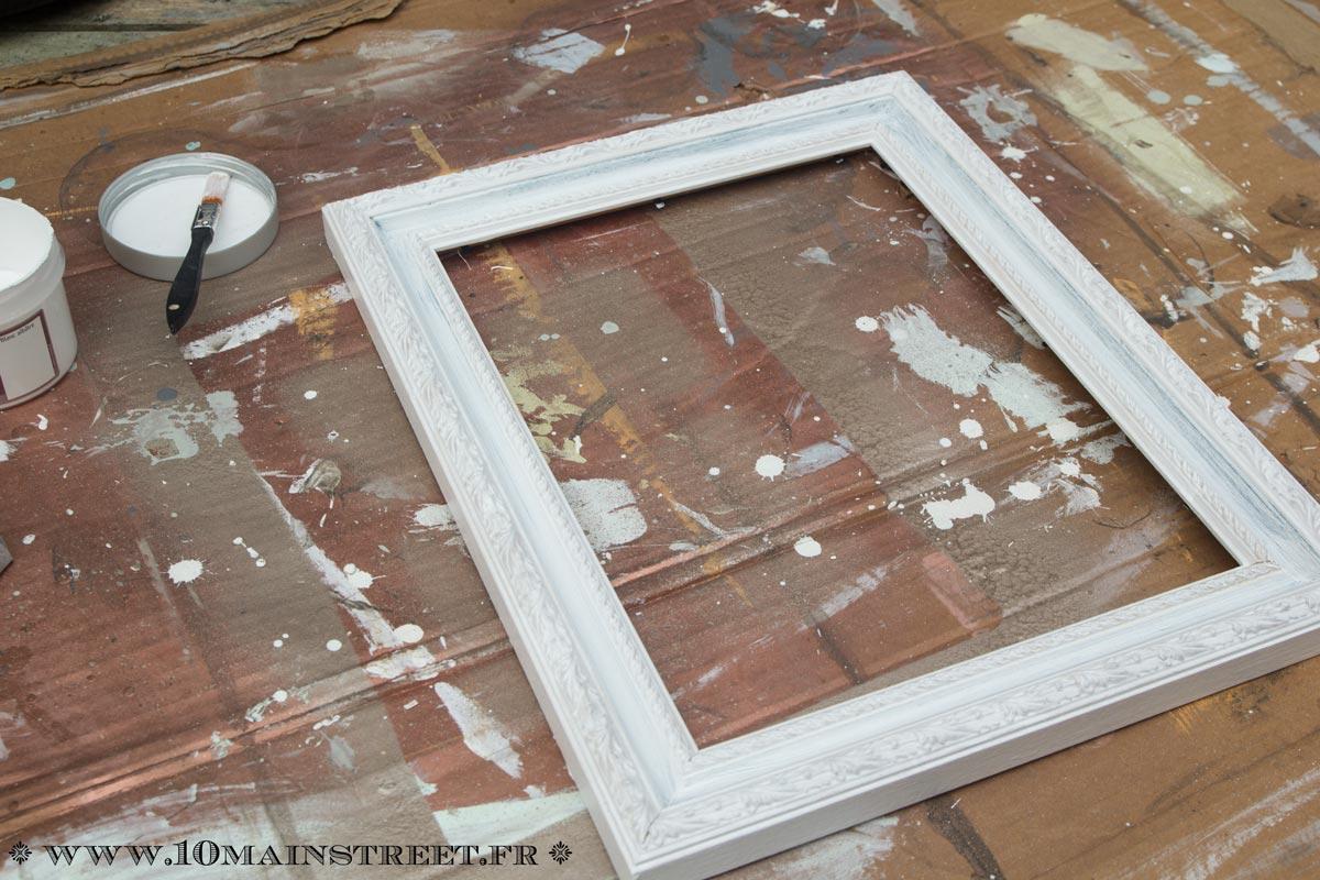 Customiser Un Cadre De Miroir transformation d'un vieux cadre avec l'effet métal patiné de