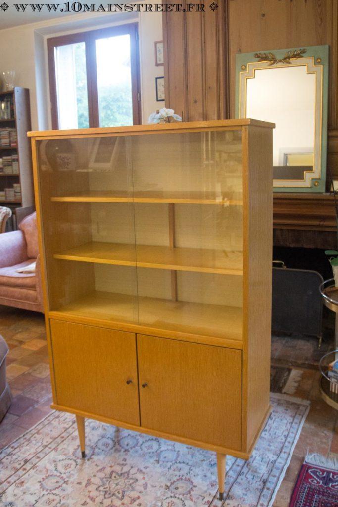 La bibliothèque des années 1960 à retaper