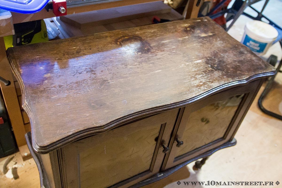 Relooker Un Vieux Bureau En Bois un vieux bar rustique devient un meuble de rangement très chic