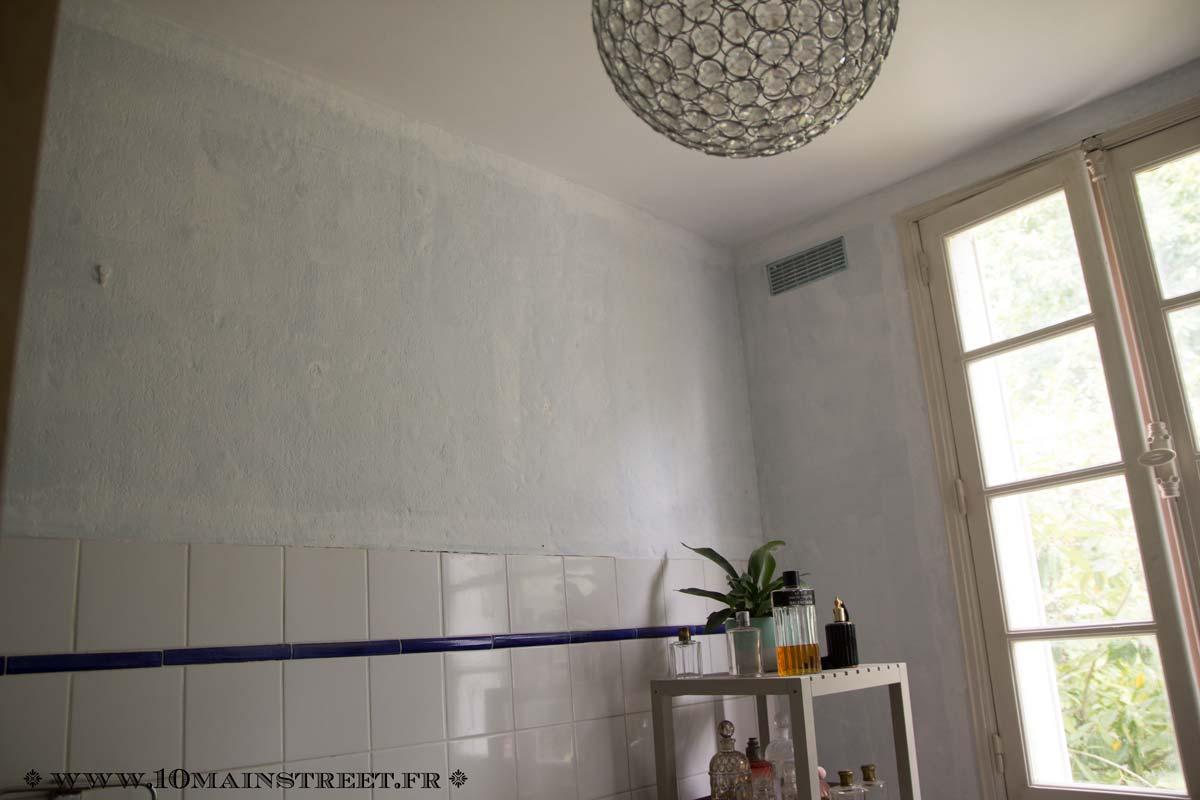 Peinture Blanche A Paillette la salle de bain pailletée du rez-de-chaussée - 10 main street