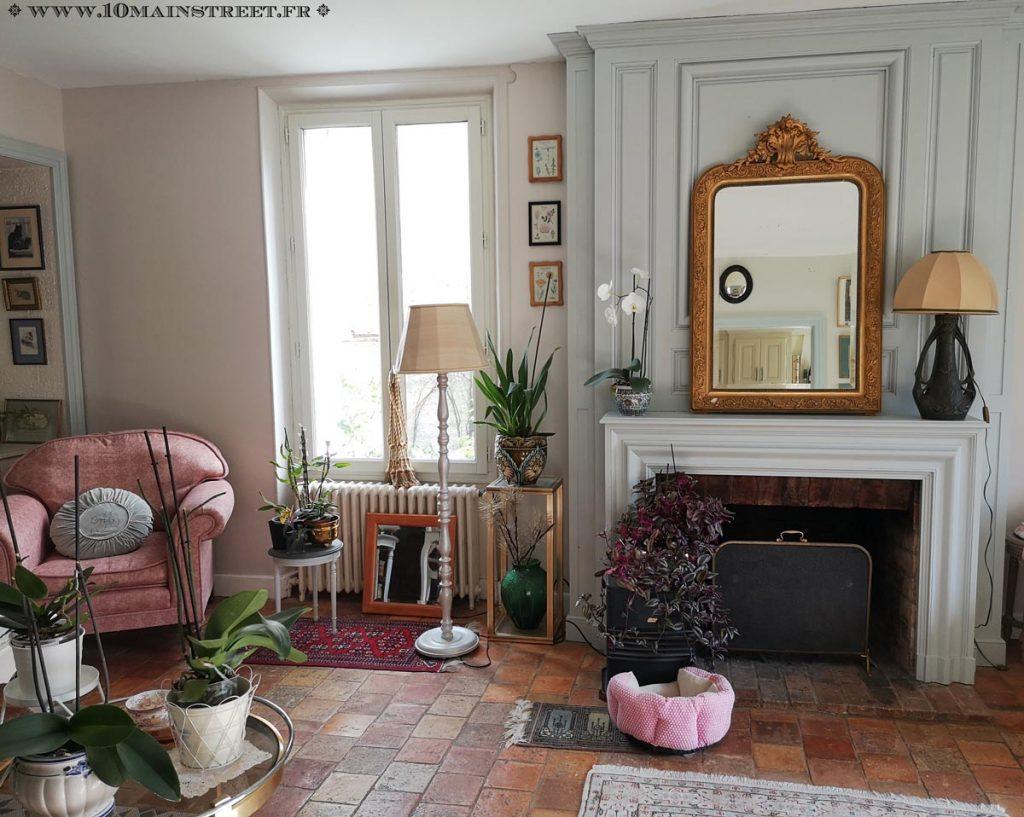Miroir Napoléon III doré chiné récemment pour la cheminée