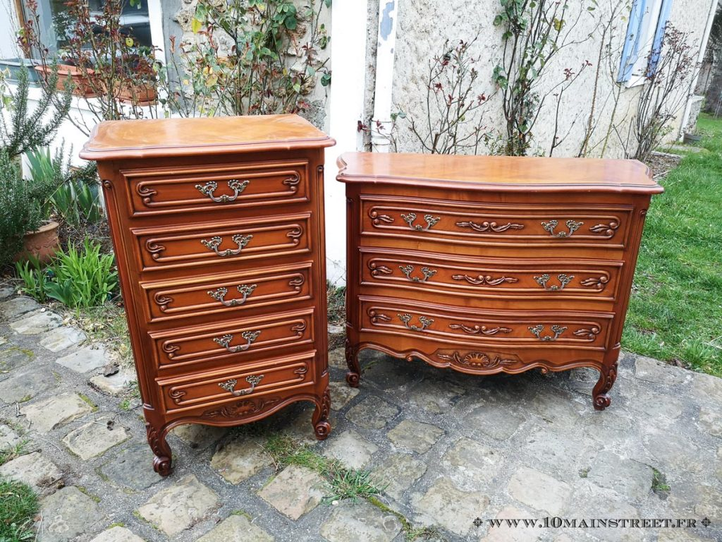 Commodes en merisier verni orange