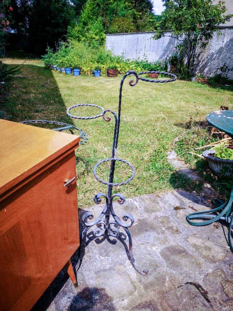 Support à plantes vintage en fer forcé