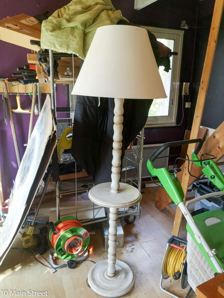 Sechage du lampadaire shabby-chic