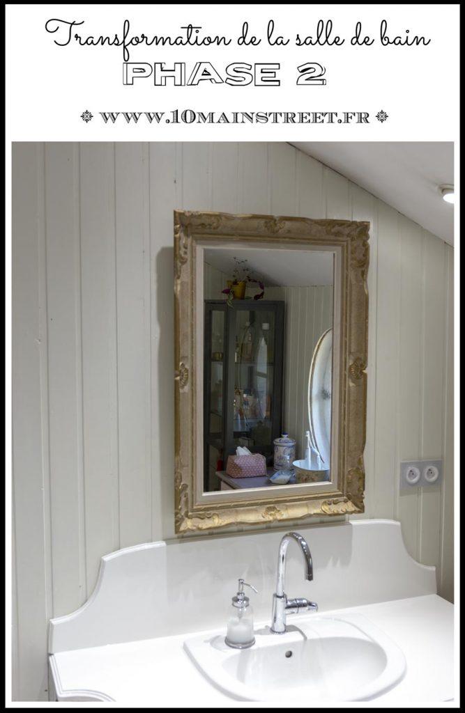 Transformation de la salle de bain : phase 2 | #bathroom makeover | du stratifié dans la salle de bain | miroir doré | #frenchstyle #frenchbath #frenchdesign #vintage | www.10mainstreet.fr