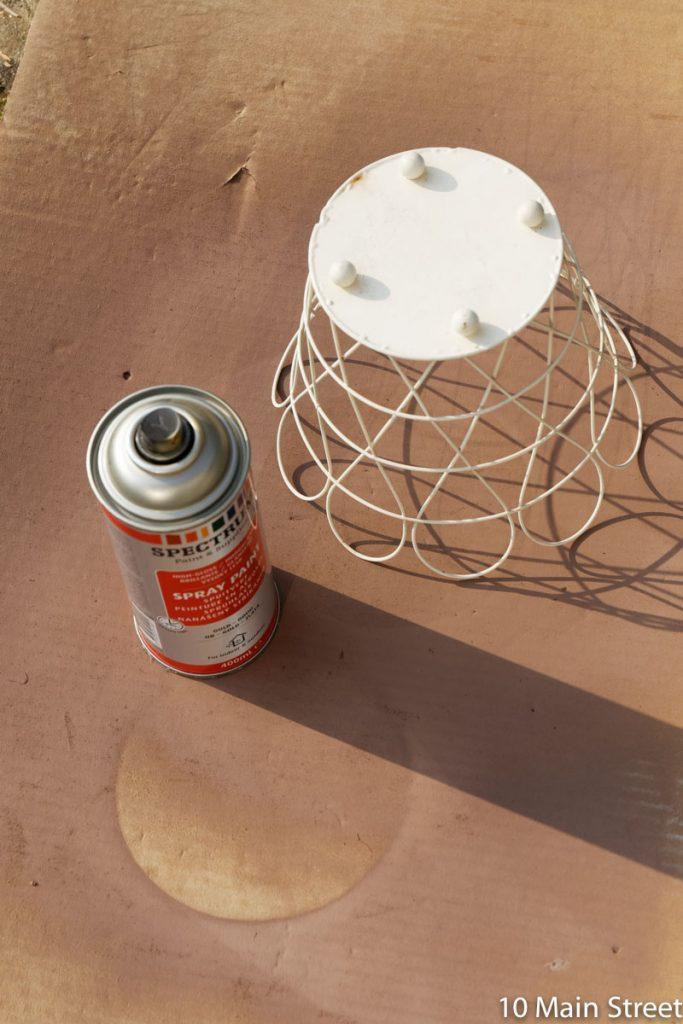 Passage du panier du cache-pot Ikea à la bombe dorée