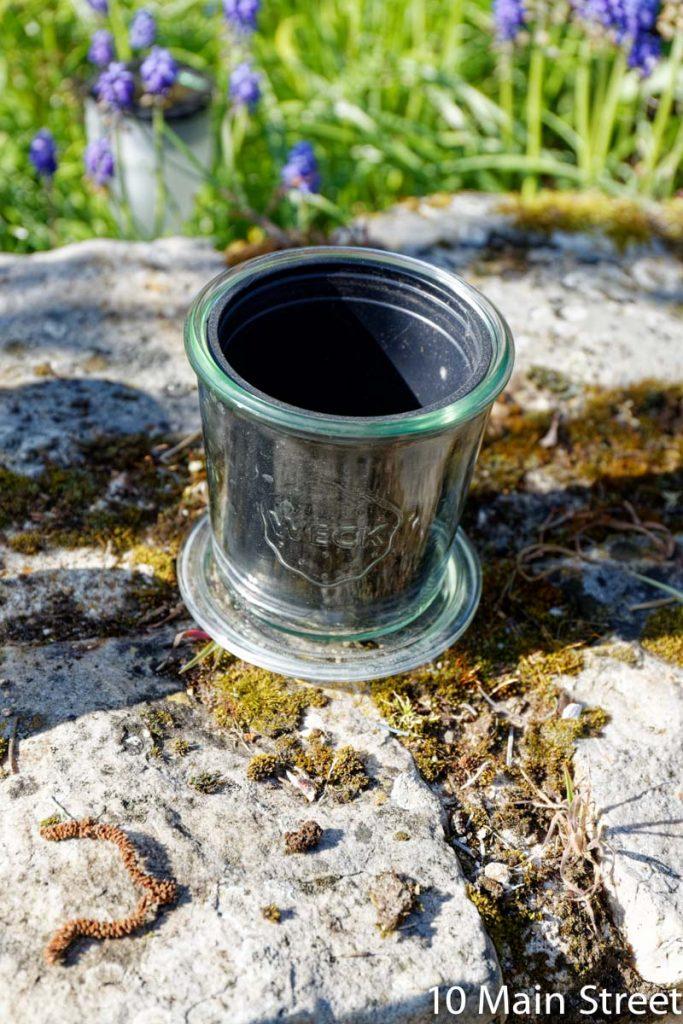 Pot en plastique adapté au bocal en verre